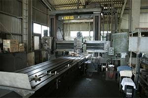 工作機械(プレーナー)の写真