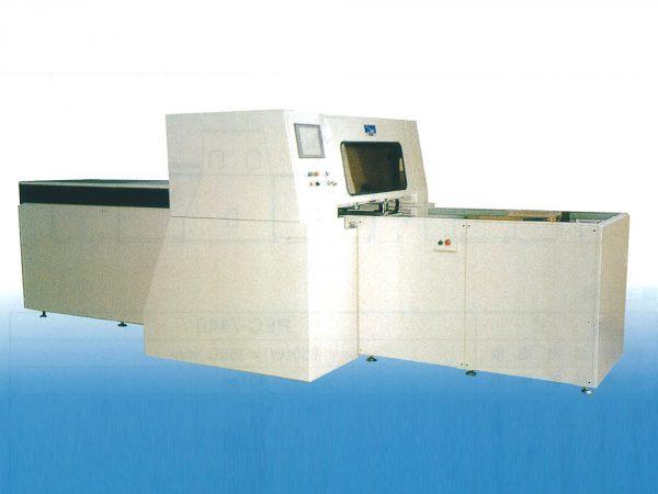 HDCシリーズ(油圧 4本柱圧盤前後移動式)